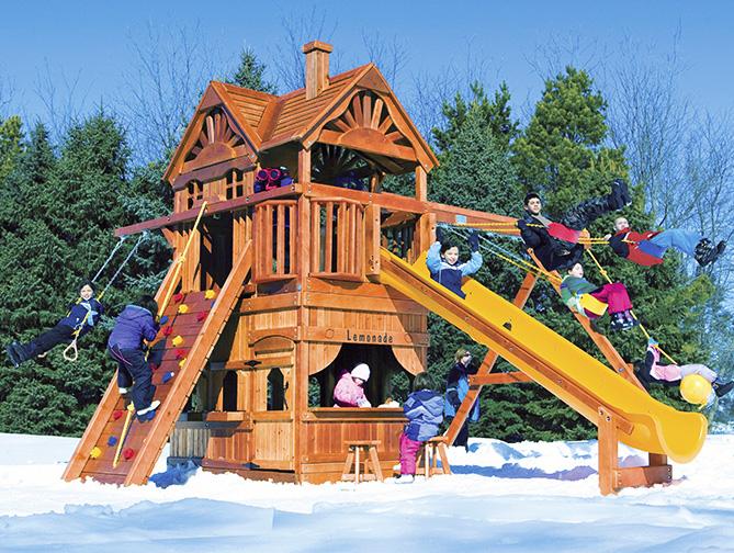 Детские комплексы зимой