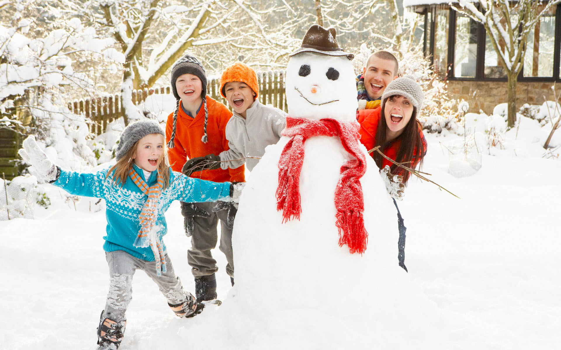 Вся семья вместе - снеговик