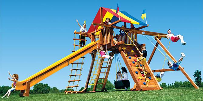 На детской площадке будут играть дети разного возраста