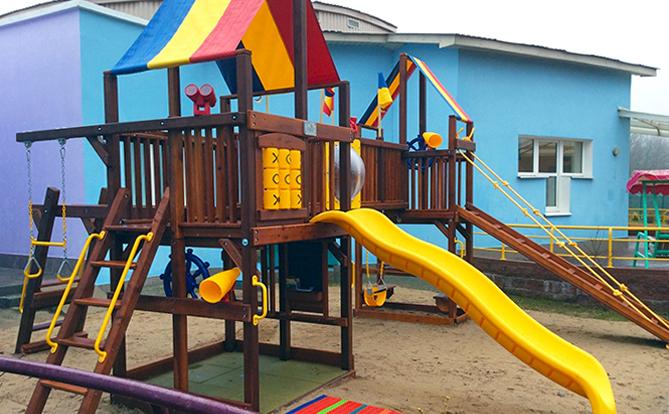 Детская площадка для детей с повышенными требованиями